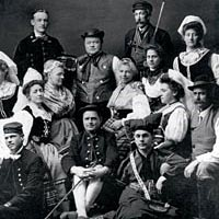 Lindsborgers in Swedish folk dress, 1908