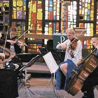 String quartet Touche! warms up for performance at Sibelius Academy Music Festival, July 1999