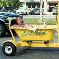 """Splish Splash"" bathtub cruiser on Woodward Avenue"