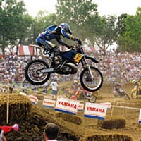 Audience fills stands for 1998 motocross racing