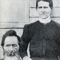 Wesley Columbus Mauney (1849 -1939) and wife Naomi Wellmon Mauney (1856-1939)