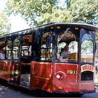 Molley the Trolley follows the Grand Parade route, 1999