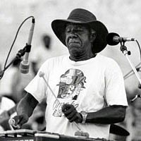 Omaha jazz great Luigi plays vibraphone, July 29, 1999