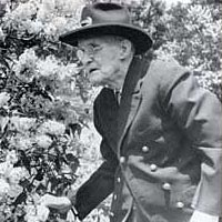 Civil War veteran James Hard served as honorary chairman of the Lilac Festival, spring 1943