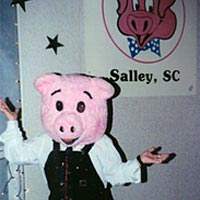 Melissa Black in a pig costume, November 1999