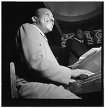 [Portrait of Count Basie, Aquarium, New York, N.Y., between 1946 and 1948] [graphic]