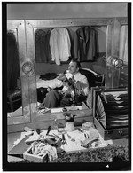 [Portrait of Glen Gray, Paramount Theater, New York, N.Y., ca. July 1946] [graphic]