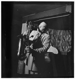 [Portrait of Lester Young, Famous Door, New York, N.Y., ca. Sept. 1946] [graphic]