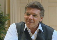 Interview with Thomas Hampson, conducted by Denise Gallo [videorecording]