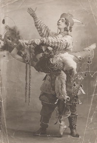 Photograph of Michel Fokine as Prince Ivan and Tamara Karsavina as the Firebird in The Firebird, 1910.