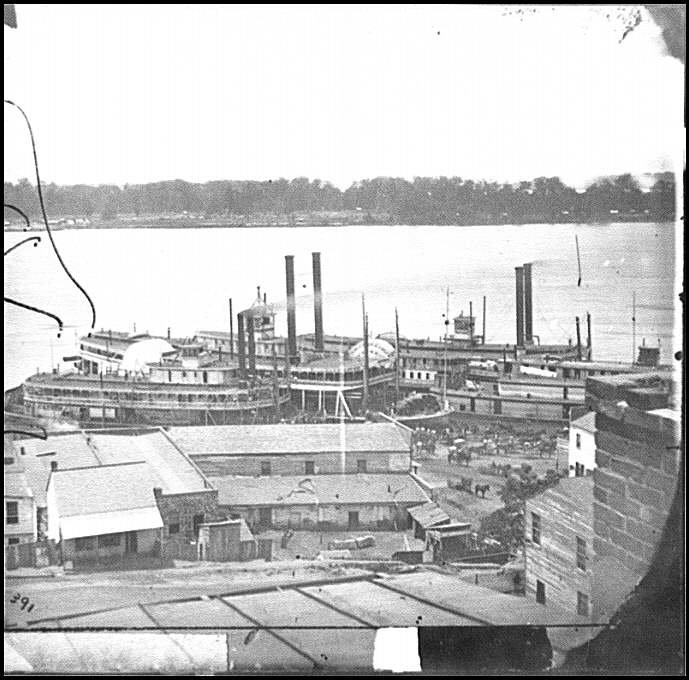 [Vicksburg, Miss. Levee and steamboats]