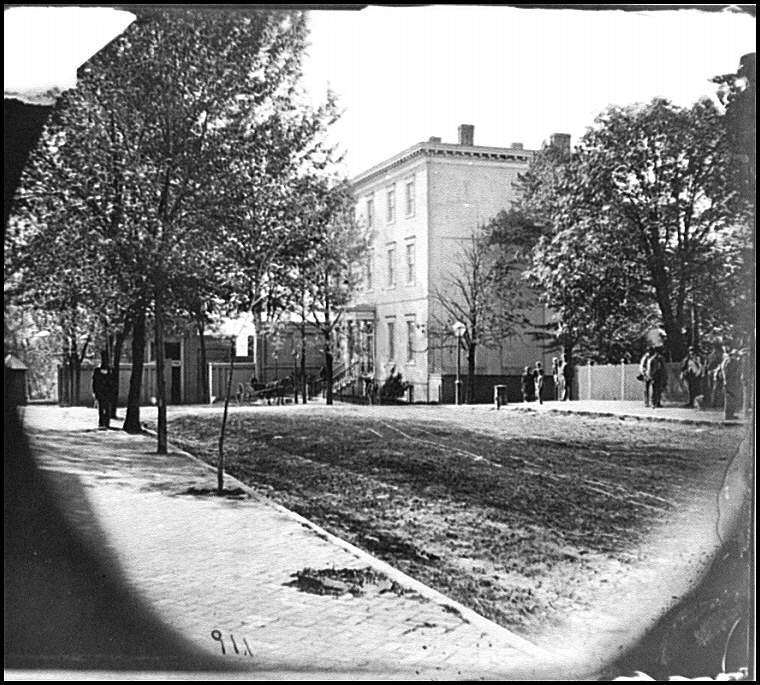 [Richmond, Va. Residence of Jefferson Davis (1201 East Clay Street)]