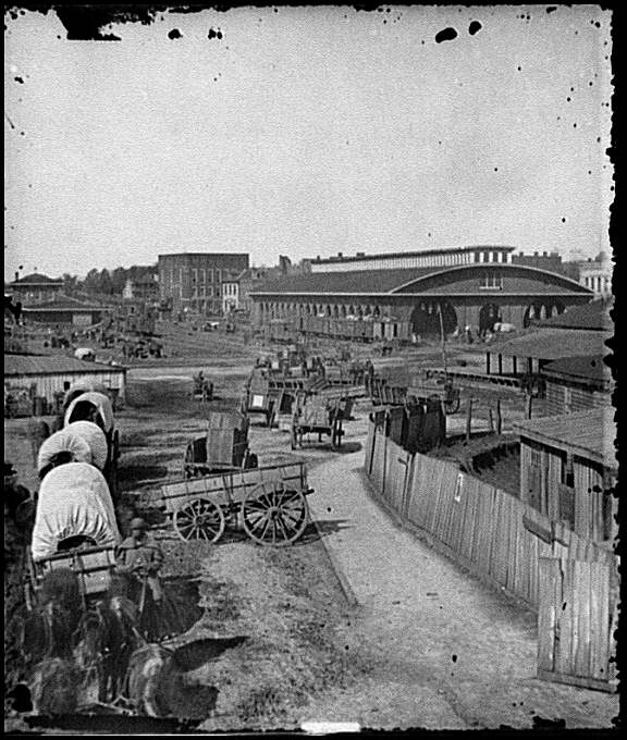 [Atlanta, Ga. Railroad depot; a nearer view]