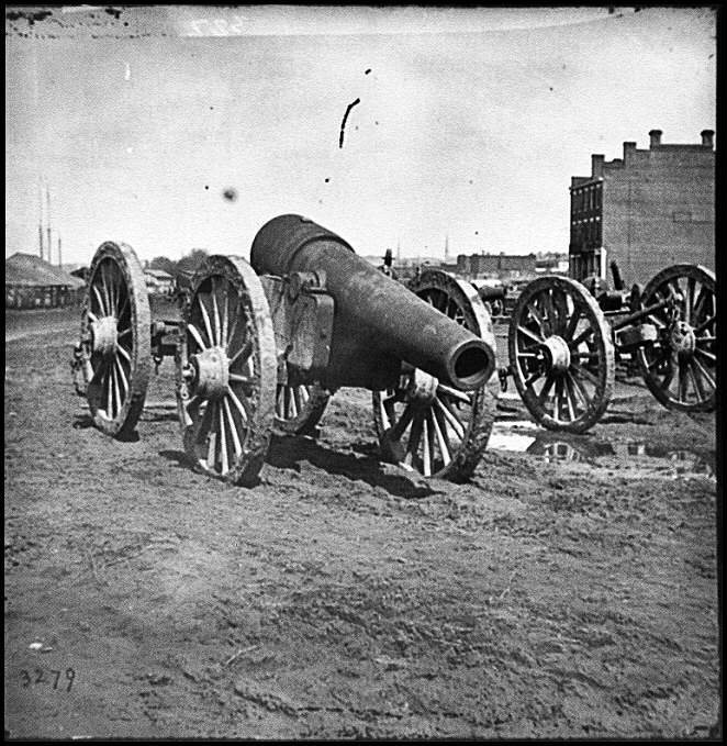 [Richmond, Va. Captured siege guns at Rocketts]
