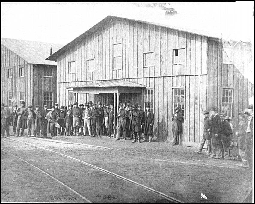 [Aquia Creek Landing, Va. Personnel in front of Quartermaster's Office]
