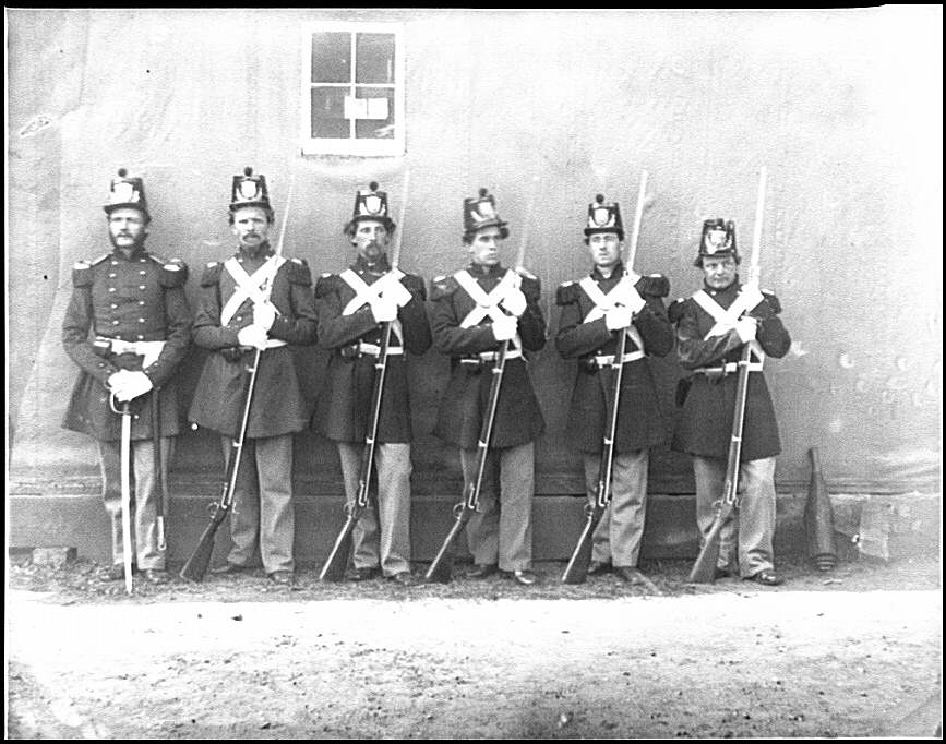 [Washington, D.C. Six marines with fixed bayonets at the Navy Yard]