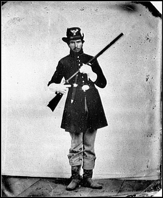 [Portrait of Pvt. Levi Miller, Ohio Regiment, U.S.A.]
