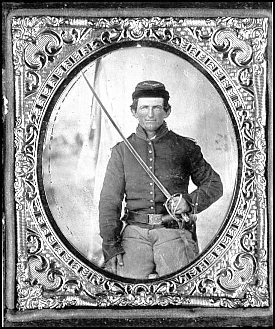 [Portrait of a Federal soldier (Horse artillery)]