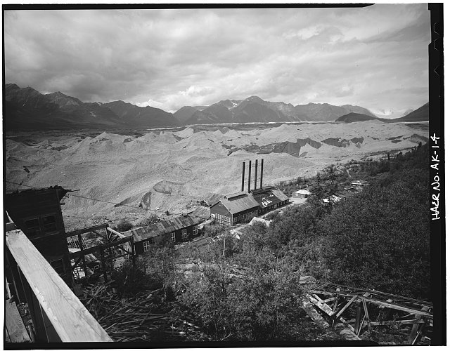 4.  POWER PLANT, LOOKING NORTHWEST - Kennecott Copper Corporation, On Copper River & Northwestern Railroad, Kennicott, Valdez-Cordova Census Area, AK