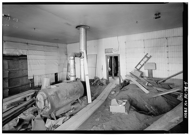 4.  INTERIOR, LOOKING WEST - Northern Commercial Company, Store, 220 Front Street, Eagle, Southeast Fairbanks Census Area, AK