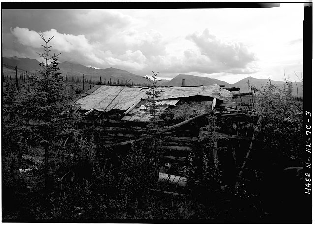 3.  SIDE WALL, LOOKING SOUTH - A. D. Wilcox Drift Mine, Residential Cabin, Linda Creek near Dalton Highway, Bettles, Yukon-Koyukuk Census Area, AK