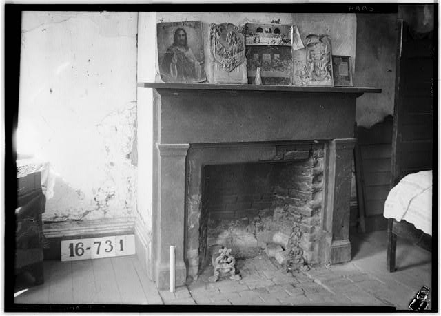 3.  Historic American Buildings Survey W. N. Manning, Photographer, March 21, 1934. FIREPLACE (BEDROOM) - Bell House, First North & Oak Streets, Cahaba, Dallas County, AL