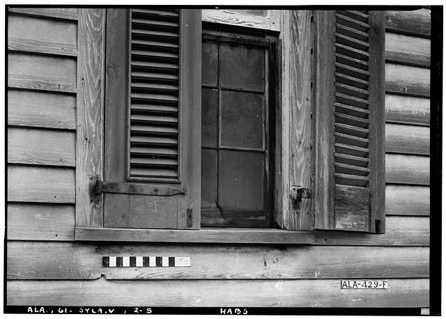 5.  Historic American Buildings Survey E. W. Russell, Photographer, June 17, 1937 CLOSEUP OF THE LOWER SECTION OF FIRST STORY WINDOW ON FRONT, SHOWING SHUTTER AND HINGE. - Wewoka, Riser Mill Road, Sylacauga, Talladega County, AL
