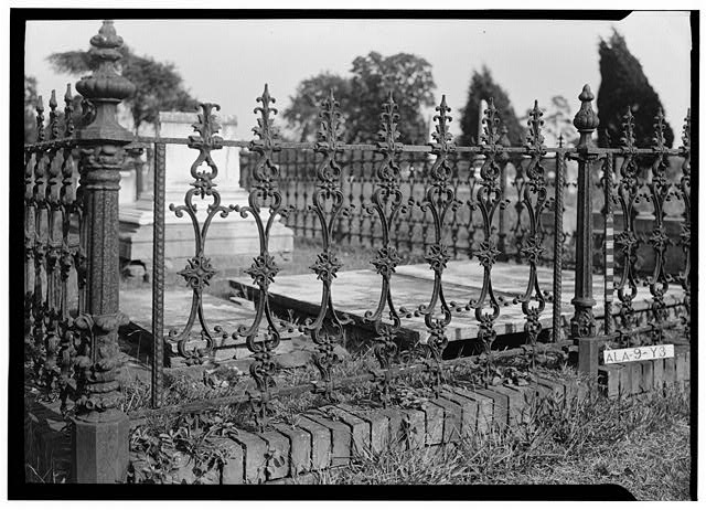 37.  Historic American Buildings Survey E. W. Russell, Photographer, September 2, 1936 FENCE AROUND OLD CEMETERY LOT IN MAGNOLIA CEMETERY - Magnolia Cemetery (Ironwork), Virginia Street, Mobile, Mobile County, AL