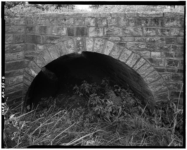 5.  DETAIL VIEW, LOOKING SOUTH, NORTH ELEVATION, SHOWING EAST ARCH - Milltown Bridge, Spanning Vache Grasse Creek tributary at County Road No.77, Milltown, Sebastian County, AR