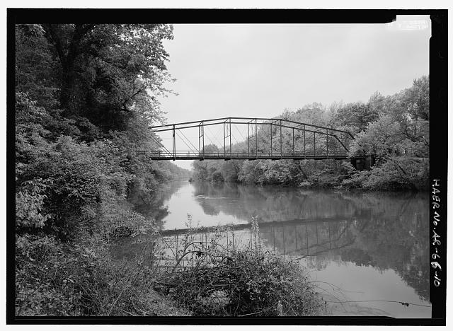 VIEW OF SPAN FROM DOWNSTREAM LOOKING NW - Nimrod Bridge, Spanning Fourche Lafave River at CR 18, Nimrod, Perry County, AR