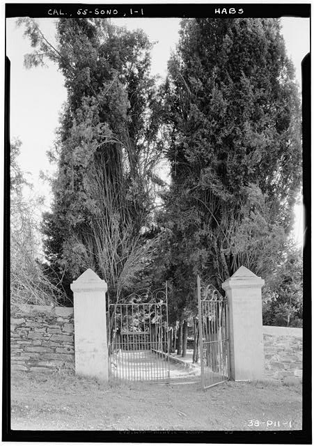 1.  Historic American Buildings Survey Roger Sturtevant, Photographer Jan. 19, 1934 MAIN ENTRANCE, YANEY AVENUE (NORTH-WEST) - Grave Stones, Jewish Cemetery, Yaney Avenue, Sonora, Tuolumne County, CA