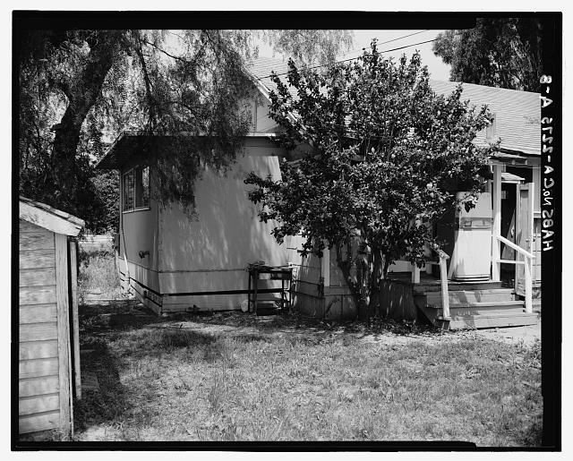 TENANT HOUSE, SOUTH (REAR), LOOKING NORTHWEST - Irvine Ranch Agricultural Headquarters, Carillo Tenant House, Southwest of Intersection of San Diego & Santa Ana Freeways, Irvine, Orange County, CA