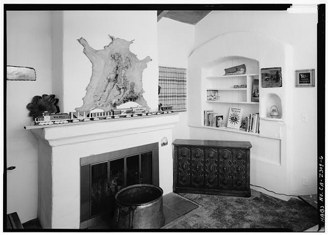 6.  INTERIOR, OFFICE (SOUTH) ROOM, LOOKING WEST - Joers-Ketchum Rowhouse, 6108 Paseo Delicias, Rancho Santa Fe, San Diego County, CA