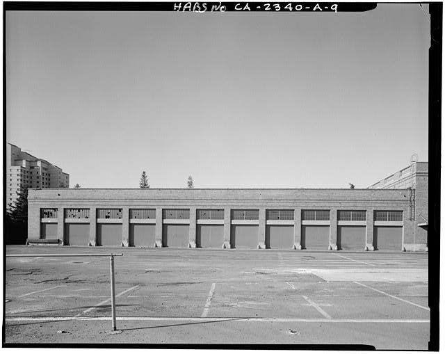 View of loading dock portion of Railway Express Building, looking to the south. Two story portion visible at right (west) - Southern Pacific Railroad Depot, Railroad Terminal Post Office &amp; Express Building, Fifth &amp; I Streets, Sacramento, Sacramento County, CA