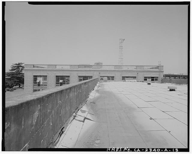 View of top of Railway Express Building and roof of loading dock, facing west from rooftop. View shows intersection of loading dock portion with two story section of building - Southern Pacific Railroad Depot, Railroad Terminal Post Office & Express Building, Fifth & I Streets, Sacramento, Sacramento County, CA