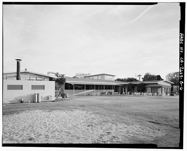 VIEW OF BUILDING 24, NORTH SIDE, FACING SOUTH - Roosevelt Base, Officers' Club, Corner of Pennsylvania Street & Richardson Avenue, Long Beach, Los Angeles County, CA