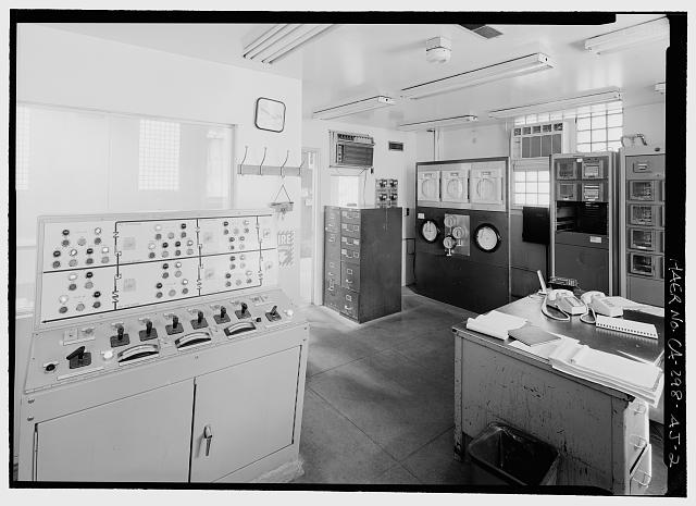 FLETCHER PUMP STATION, CONTROL ROOM - Los Angeles Aqueduct, Fletcher Pump Station, Los Angeles, Los Angeles County, CA