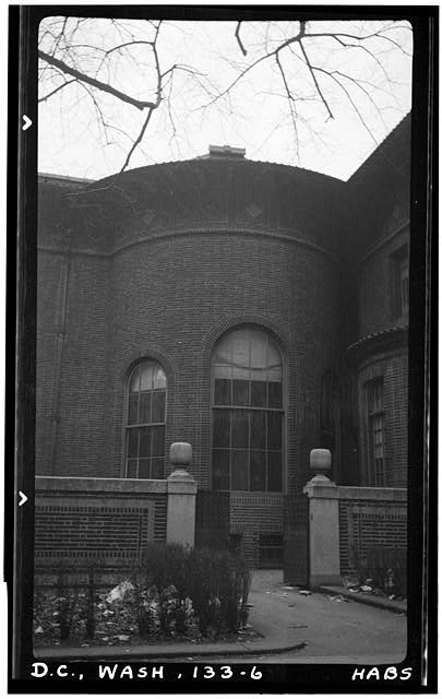 6.  Historic American Buildings Survey Frederick D. Nichols, Photographer December 1938 EXTERIOR VIEW, DINING ROOM BAY - John R. McLean House, 1500 I Street Northwest, Washington, District of Columbia, DC