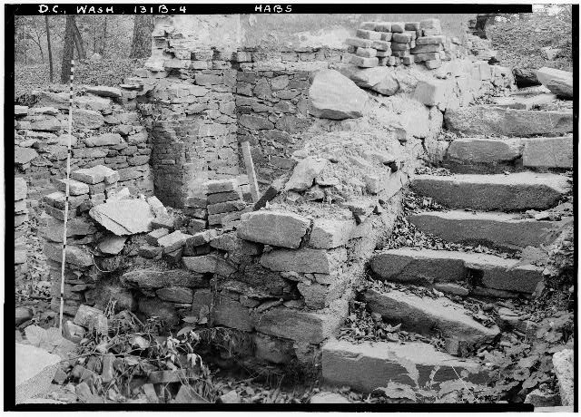 77.  Historic American Buildings Survey John O. Brostrup, Photographer October 16,1936 10:25 A. M. DETAIL OF SOUTHWEST CORNER OF UNIT C. - General John Mason House, Analostan Island or Theodore Roosevelt Island, Washington, District of Columbia, DC