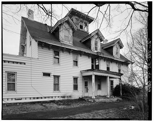 2.  EAST FRONT LOOKING NORTHWEST - George Lobdell House, U.S. Route 13, Wilmington vicinity, Minquadale, New Castle County, DE