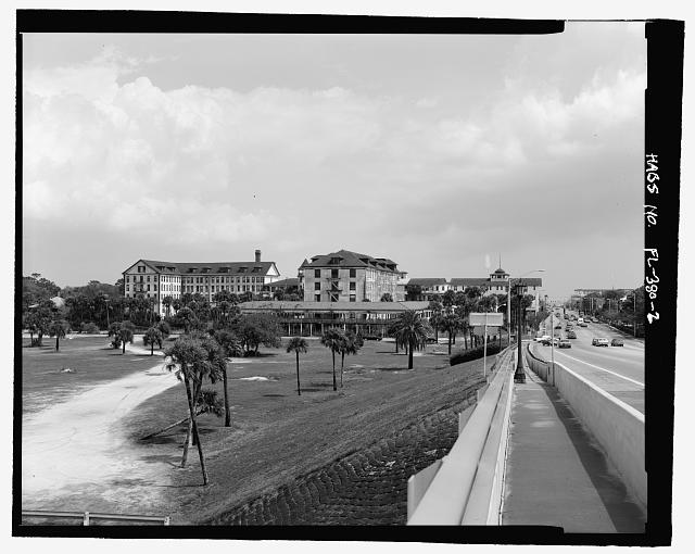 OVERVIEW OF FRONT FROM THE GRANADA BRIDGE:  CAMERA DIRECTION EAST AND NORTHEAST  - Ormond Hotel, 15 East Granada, Ormond Beach, Volusia County, FL