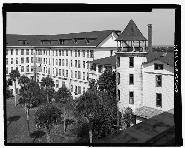 FRONT, COPULA, NORTH WING AND BOILER ROOM STACK IN BACKGROUND WEST WING - Ormond Hotel, 15 East Granada, Ormond Beach, Volusia County, FL