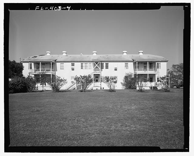 East front, View towards West. - U.S. Naval Air Station, Lodge, Southeast corner of West and North Avenues, Pensacola, Escambia County, FL