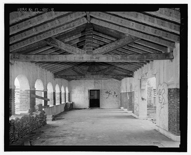 View of the interior of the loggia, taken from north end, facing south - El Vernona-John Ringling Hotel, 111 North Tamiami Trail (U.S. Highway 41), Sarasota, Sarasota County, FL