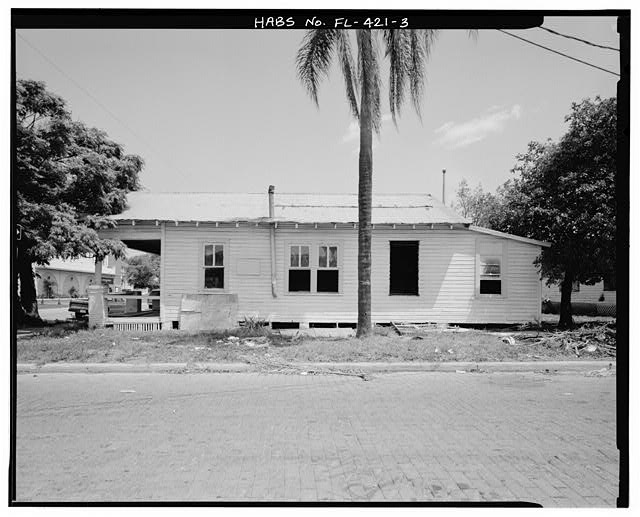 VIEW OF SOUTH SIDE OF 2501 NORTH FIFTEENTH STREET, FACING NORTH. - 2501 North Fifteenth Street (House), Tampa, Hillsborough County, FL