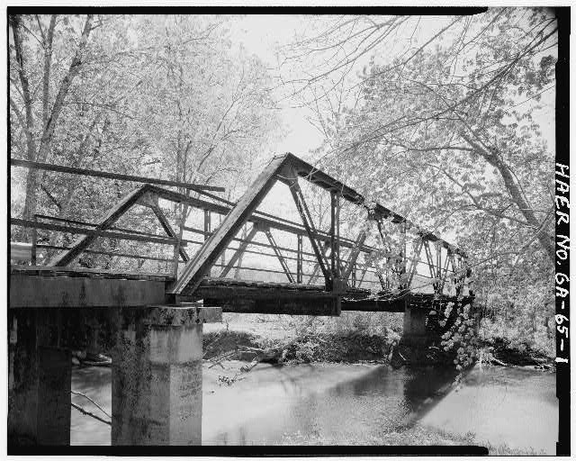 1.  West elevation - Gordon County Road 220 Bridge, Spanning Pine Log Creek on County Road 220, Fairmount, Gordon County, GA