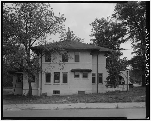 5.  NORTH SIDE - McCamy House, 401 South Thornton Avenue, Dalton, Whitfield County, GA