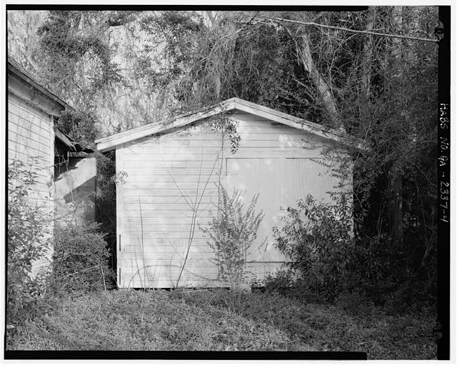 4.  Planar view of front of tool shed, facing northwest. - Dorch Store, North side of Branch Road, east of Roe Street, Stockton, Lanier County, GA