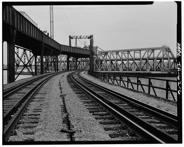 6.  RAILROAD APPROACH FROM WEST - Fort Madison Bridge, Spanning Mississippi River at U.S. Highway 61, Fort Madison, Lee County, IA