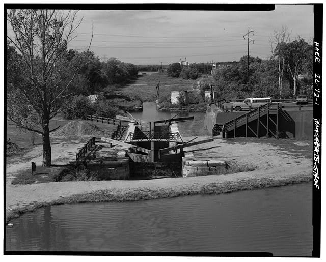 1.  GENERAL VIEW LOOKING OVER THE LOCK, FROM HIGHWAY 351 BRIDGE LOOKING WEST. - Illinois & Michigan Canal, Lift Lock No. 15, Canal Station 5087+00, La Salle, La Salle County, IL